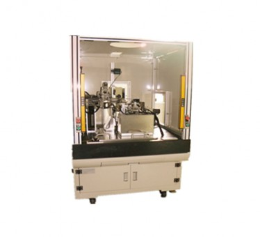 Automatic correction for laser light sourcemachine